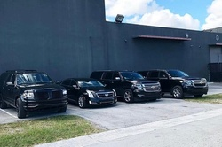 Pittsburgh Airport Round Trip Chauffeur Driven Transport