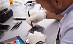 iPhone and iPad Screen Repair at Phillie Wireless (Up to 71% Off). Nine Options Available.