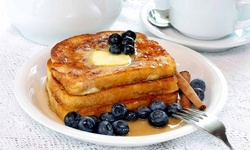 $12 for $20 Worth of Comfort Food for Breakfast or Lunch at Starwood Cafe