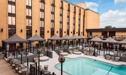 Stay with Daily Dining Credit at Wyndham Garden Dallas North, TX.
