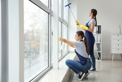 Up to 58% Off on Window Washing at Zoompon