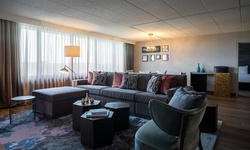 Stay at 4-Star Renaissance Chicago North Shore Hotel, IL
