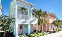 Stay at Cottages at New Resort near Theme Parks in Kissimmee, FL
