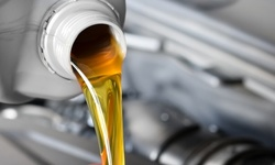 $15 for Mobile Conventional Oil Change from Crank Automotive ($20 Value)