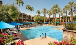 Stay at 4-Star DoubleTree Resort by Hilton Hotel Paradise Valley in Scottsdale