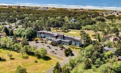 Stay at Chateau Westport Resort in Westport, WA