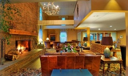 Stay at The Pointe Hotel at Castle Hill Resort & Spa in Cavendish, VT