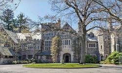 Stay at The Skylands Manor in Ringwood, NJ