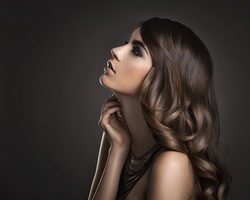 Up to 8% Off on Salon - Hair Color / Highlights at Rshe Beauty