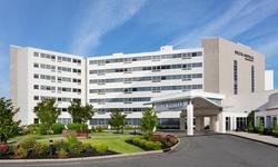 Stay at 4-Star Delta Hotels by Marriott Woodbridge in Iselin, NJ