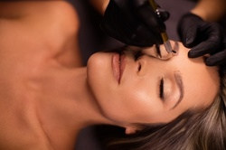 Up to 30% Off on Microblading at Queen 4 a Day