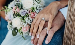 Save 20%–40% Off Engagement, Wedding, and Anniversary Rings
