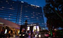 Stay at Hotel Derek in Houston, TX.