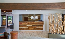 Stay at Fredericksburg Inn & Suites in Texas Hill Country